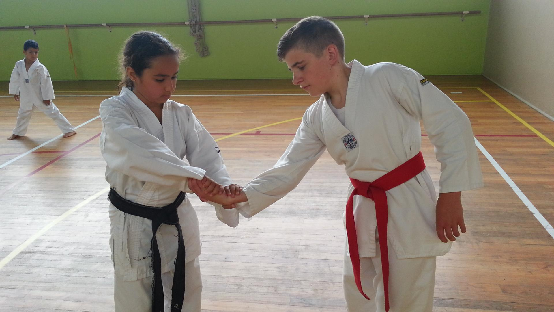 SELF DEFENSE ENFANTS